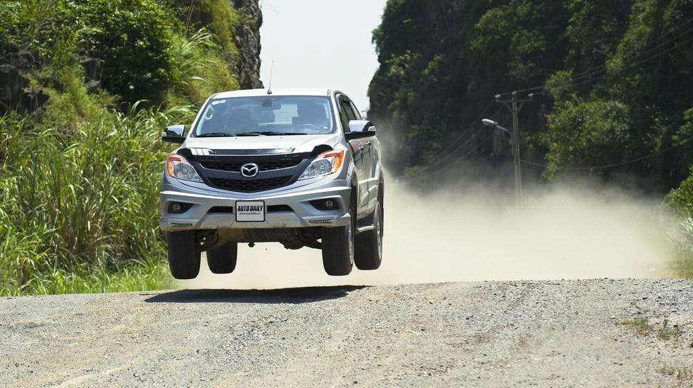 Mazda-BT50-2015-(7).jpg