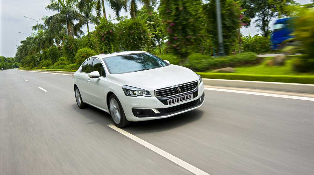 2.-Peugeot-508-canh-chay-(10).jpg