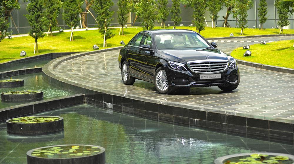 Mercedes-benz-C250-Exclusive-(3).jpg