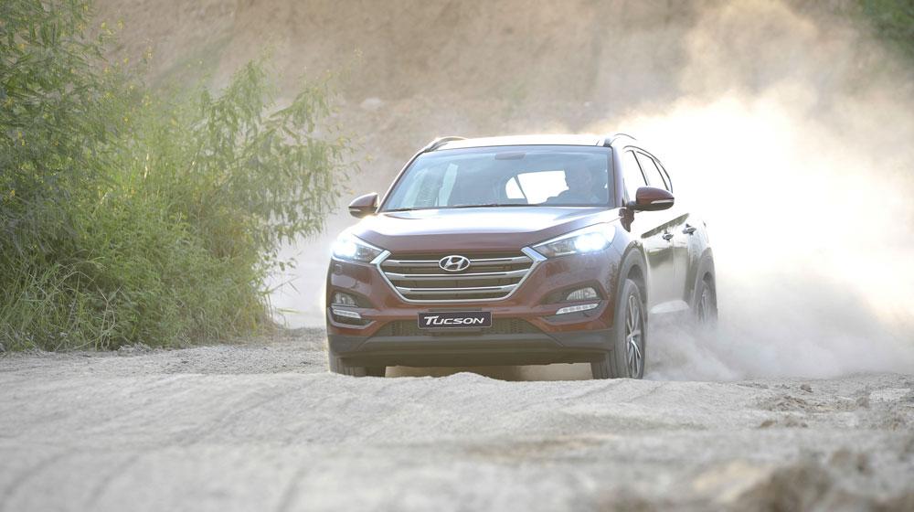 Hyundai_Tucson_Mazda CX_5_Honda_CR_V (1212).jpg