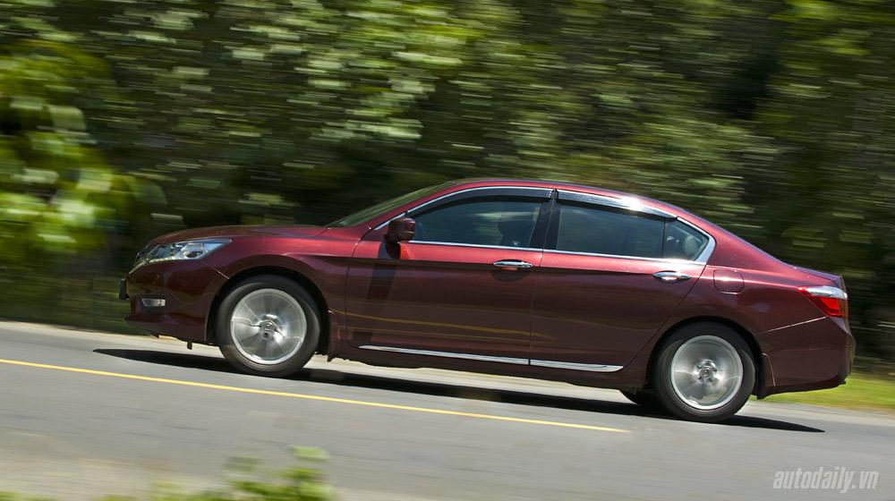 HondaAccord2015_18.jpg