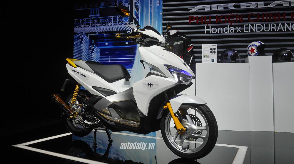 Chi tiết Honda Air Blade độ đẹp với bộ phụ kiện Endurance Racing  2