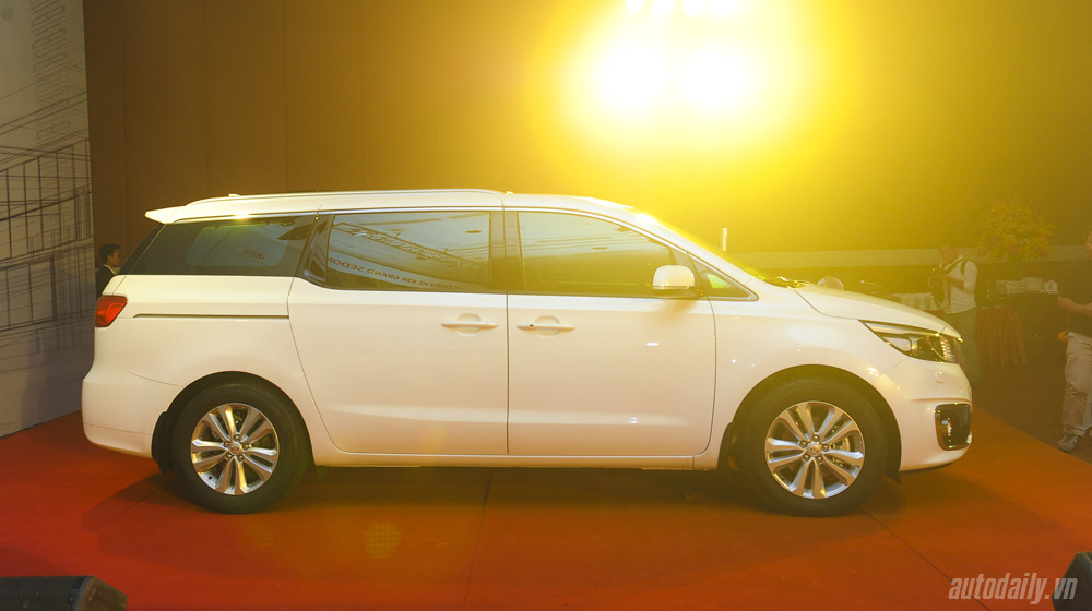 Kia Sedona Kia Sedona và Honda Odyssey - cuộc đua phân khúc Minivan Kia 20Sedona 20 8
