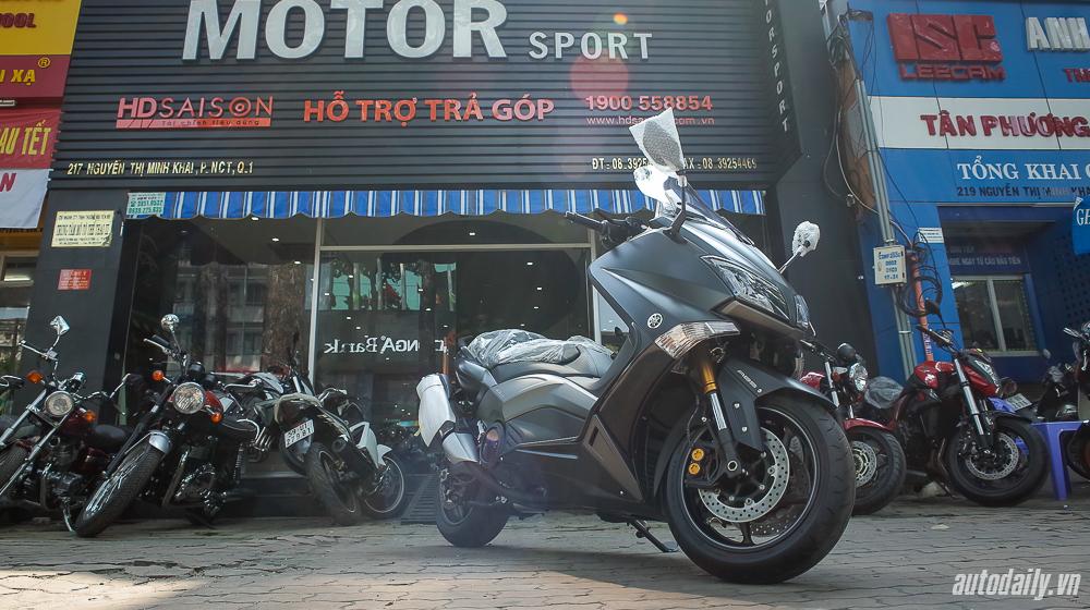 Ngắm Yamaha TMax tại Việt Nam cùng giá bán 10