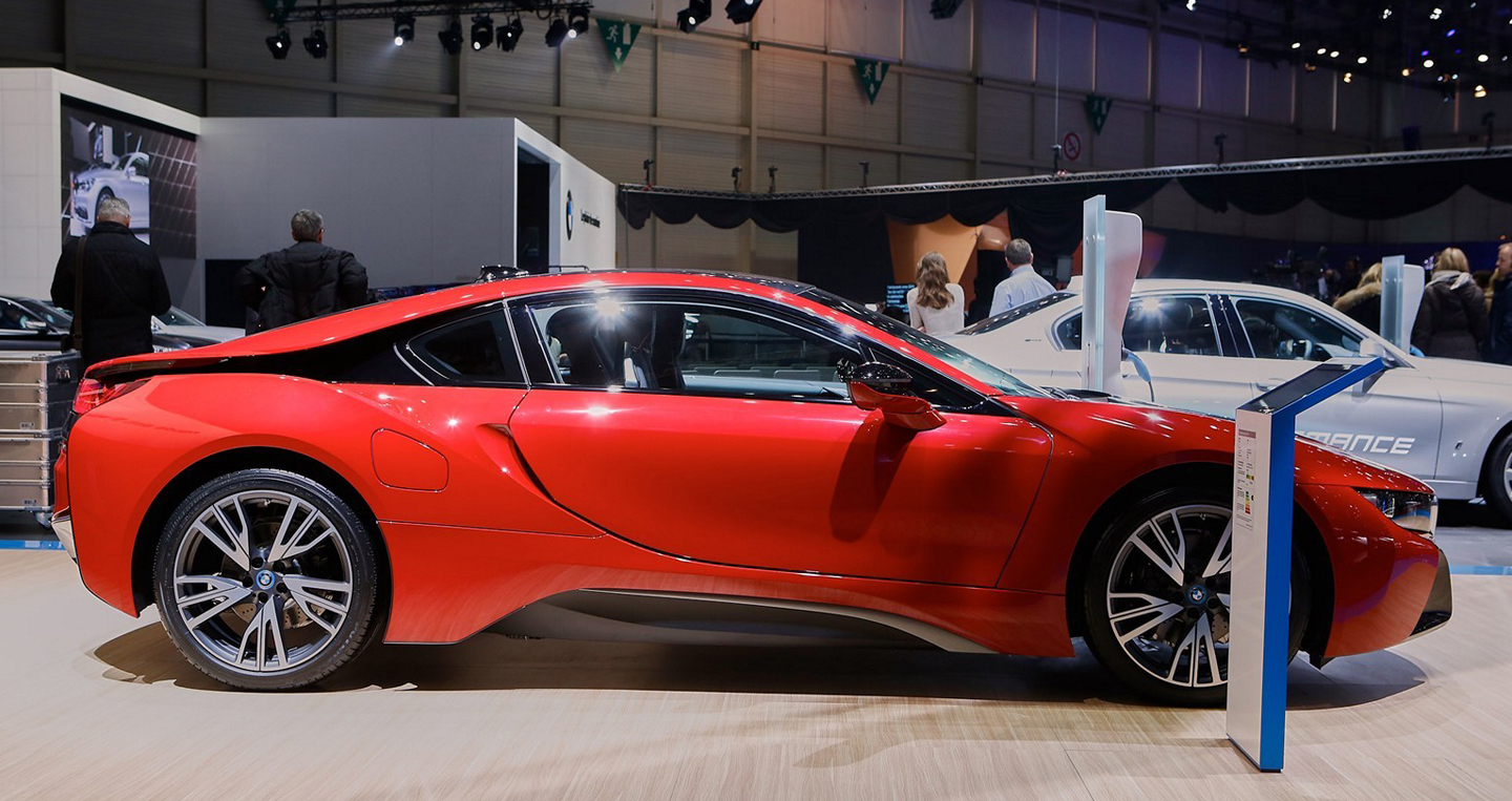 bmw-i8-protonic-red-edition-is-the-beginning-of-something-hot-in-geneva_8.jpg