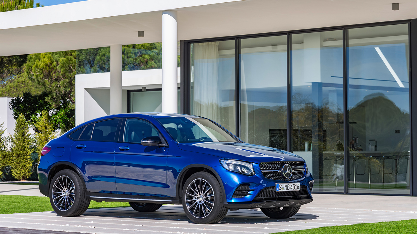 2017-Mercedes-Benz-GLC-Coupe-front-three-quarters.jpg