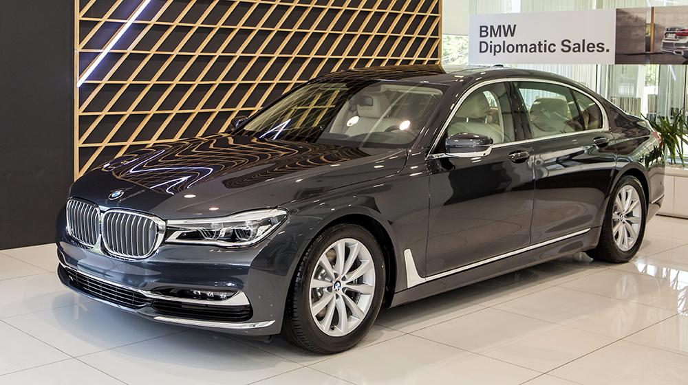 BMW_730Li (1).jpg