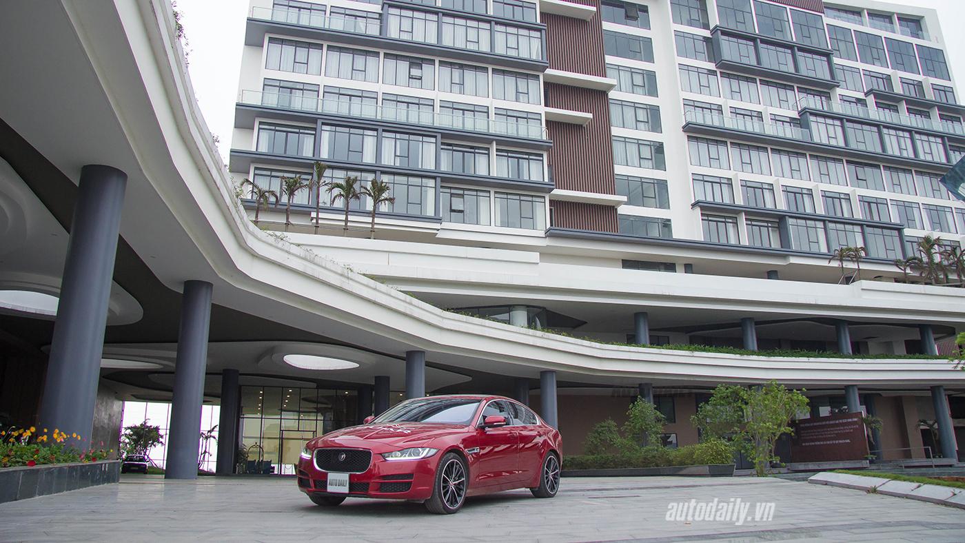 Jaguar XE Test Drive (45).jpg