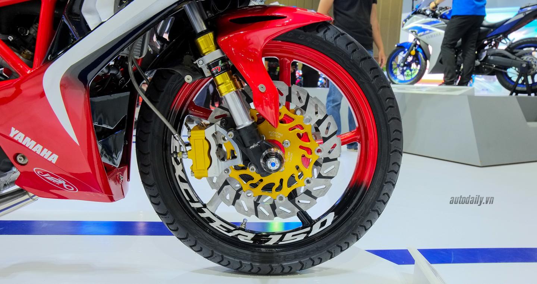 Hãng Yamaha trình làng Exciter độ với đồ chơi hiệu cùng tông màu đỏ/đen 11