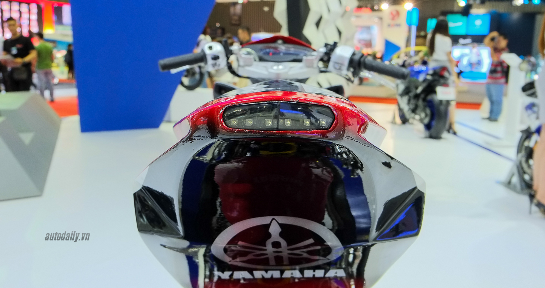 Hãng Yamaha trình làng Exciter độ với đồ chơi hiệu cùng tông màu đỏ/đen 21