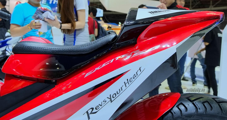 Hãng Yamaha trình làng Exciter độ với đồ chơi hiệu cùng tông màu đỏ/đen 17