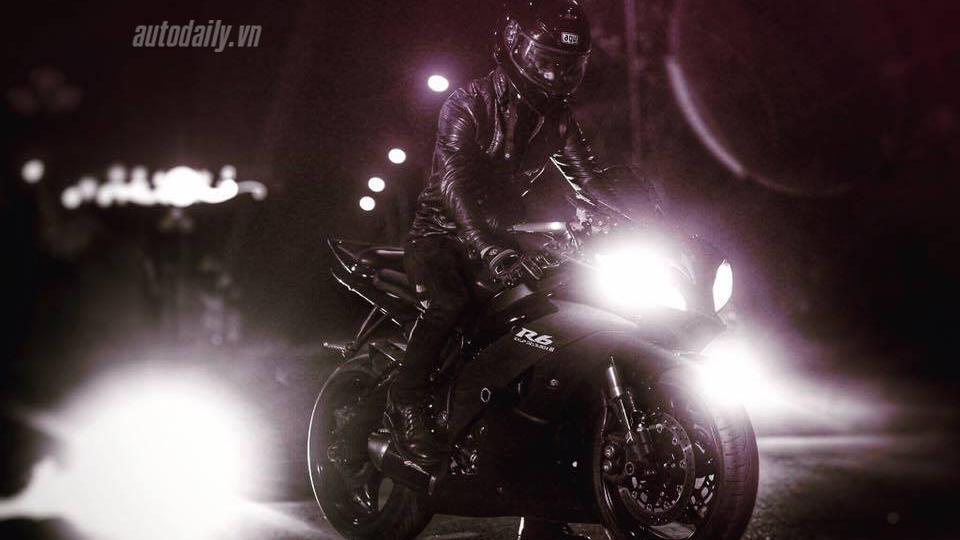 Yamaha R6 (4).jpg
